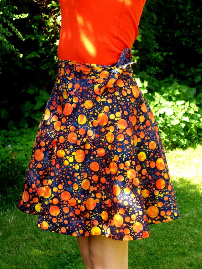 Blue and Orange spot wrap-around skirt showing tie